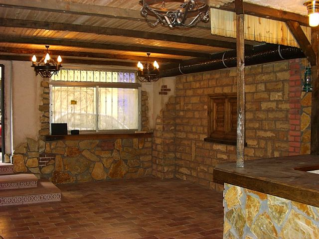 Top barras para bar de madera rustic wallpapers for Barras de bar rusticas para jardin